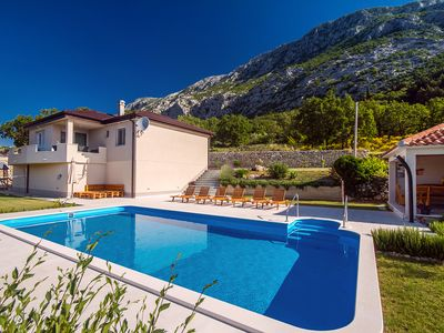 Photo for VILLA BEYBE with Jacuzzi, large private pool 50m2, BBQ,free WIFI, 3 bedrooms