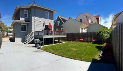 Photo for ☀️ 5 Bdrm Vacation House, Walk to the Beach and Boardwalk, backyard and parking