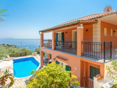 Photo for Vasillis: Large Private Pool, Walk to Beach, Sea Views, A/C, WiFi, Car Not Required