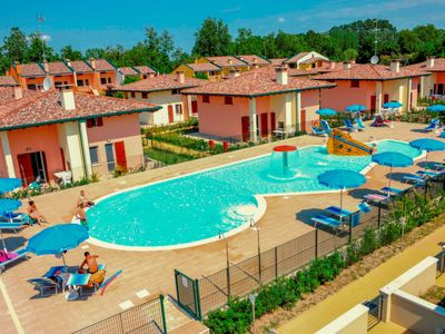 Photo for Apartment Airone Bianco Residence Village in Lido delle Nazioni - 4 persons, 1 bedrooms
