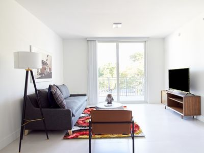 Photo for Sonder | Grove 27 | Tranquil 1BR + Balcony