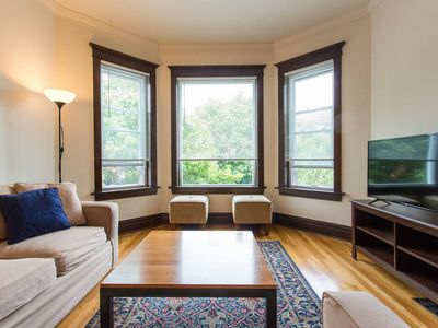 Photo for Wrigleyvile Oasis - Steps from Wrigley Field! 3DR/1BA