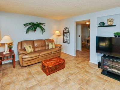 Photo for Beautiful one bedroom, one bath 4 th floor (with elevator) condo on Siesta Key