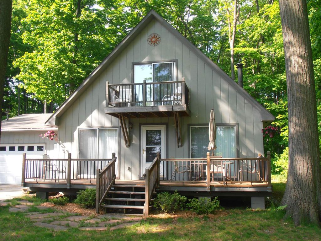 Beautiful Cottage With All Sports Lake Access Central AC WIFI HDTV