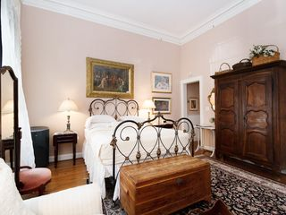 🌞Charming Townhouse Suite 🌞 Schritte