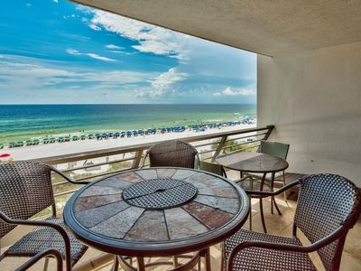 Photo for 5 Star, Directly on the Beach - Great Views