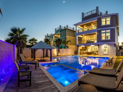 Photo for Gulf Views and Beach Access within Steps! Resort Style Pool & Golf Cart