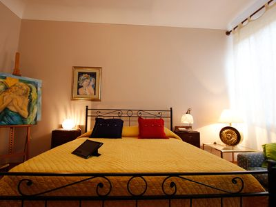 Photo for Apartment near Ponte Vecchio with air conditioning and Wi-Fi