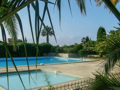 Photo for Apartment T3 quiet near the sea with pool and tennis private parking