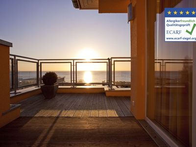 Photo for Luxury penthouse, 2 roof terraces, beach 80m, fireplace, sauna, WiFi, beach chair