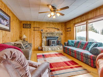 Photo for Cozy cabin w/ gourmet kitchen - close to Payette Lake with outdoor firepit!