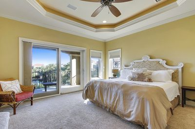 Welcome to Sea Star! King Master Suite!