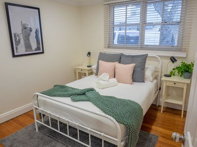 Photo for ⭐️ Cosy 2bd Home ⭐️ Darling Harbour at your fingertips! ⭐️ Parking on Request ⭐️