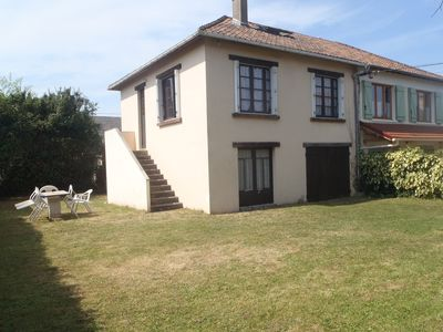 Photo for House 6 pers. , large garden, 400 m from the beach