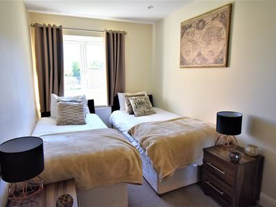 Photo for 2BR Apartment Vacation Rental in Stanwell, England