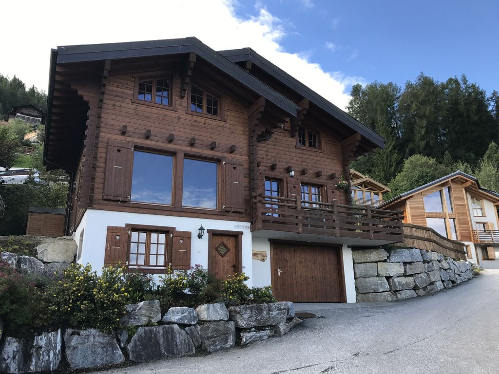 Beautiful Chalet with mountain views, close to ski-lifts, ... - 8231833