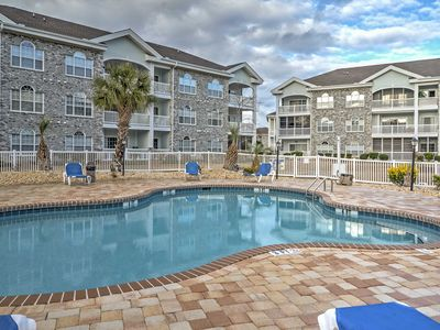 Photo for Charming Myrtle Beach Condo Right on Golf Course!