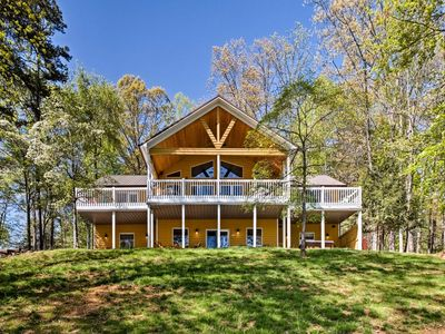Fantastic Deerfield Lakefront Home - Double bay covered dock. FREE WI-FI