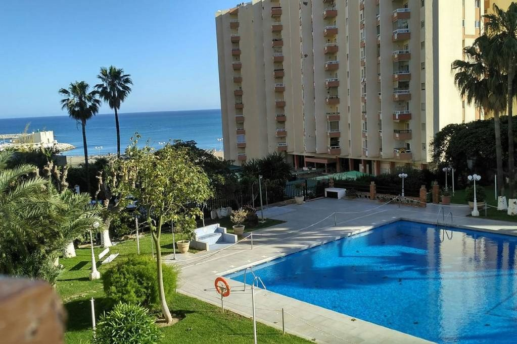 Apartment 100 Meters From The Beach In Benalmadena Costa