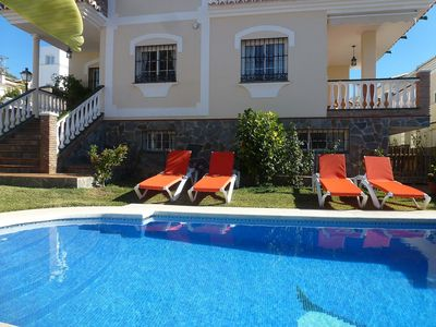 Photo for Nice apartment for 10 people with WIFI, private pool and TV