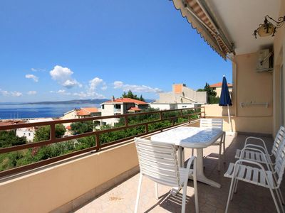 Photo for Two bedroom apartment with terrace and sea view Baška Voda, Makarska (A-4759-a)
