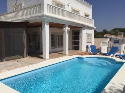 Photo for Les Cases d'Alcanar Holiday Home, Sleeps 9 with Pool and WiFi