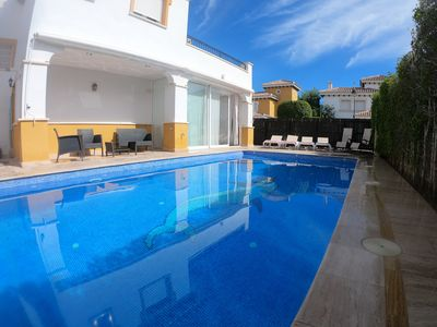 Photo for Lovely detached villa with large private pool on sunny plot