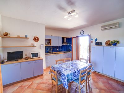 Photo for Large flat with Wi-Fi, aircon, two shared pools