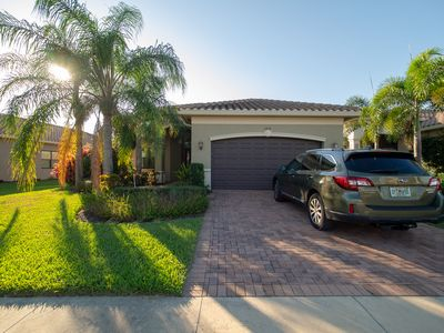 Photo for Spacious home in luxury development minutes away from Naples beach!