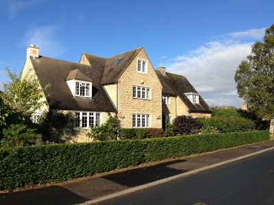 Photo for Fabulous 5 Bedroomed Spacious Stone House In Historic Chipping Campden