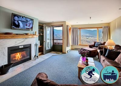 <center>Absolutely stunning Killington mountain views right from the living room <center>