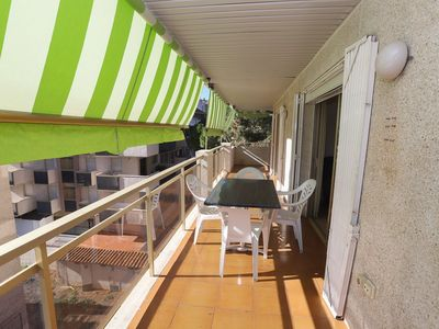 Photo for 2 bedroom apartment with capacity for 4/6 people in the tourist area of Salou