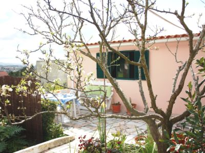 Photo for Charming detached townhouse with full commodities including barbecue and garden
