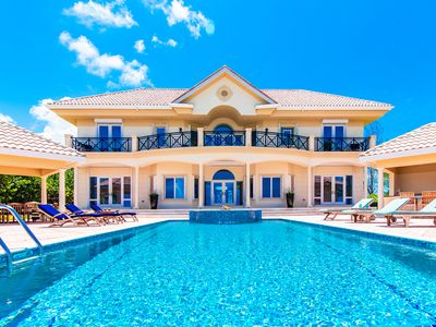 Photo for 5BR House Vacation Rental in Grand Cayman, Grand Cayman