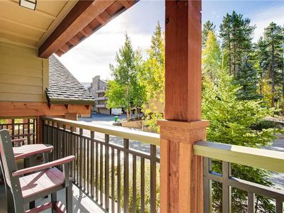 Photo for Beautiful condo perfect for a summer getaway. Outdoor pool & hot tubs on-site