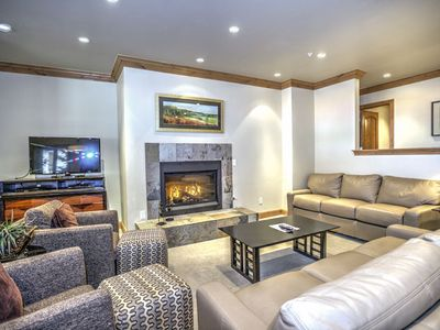 Photo for Ski-in/ski-out Lionshead Village condo with shared pool and hot tubs