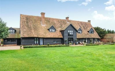 Photo for Tithe Barn · Stunning! Converted Barn Sleeps 15 - Eton/Windsor