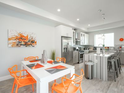 Photo for Philly Perfection! Sleeps 18! Free Street Parking!