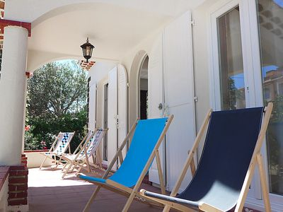 Photo for 3 bedroom Villa, sleeps 5 in Saint-Aygulf with Air Con and WiFi