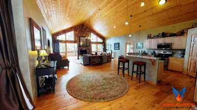 Photo for Modern Cabin; Quiet Location; Fire Place! Dream in the Trees