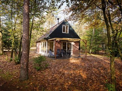 Photo for Luxury 6-person bungalow in the holiday park Landal Miggelenberg - in the woods/woodland setting