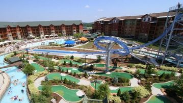Cozy Great Smokies Resort in Tennessee!