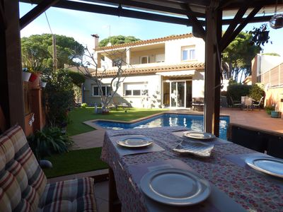 Photo for Villa with pool 2 minutes from the beach
