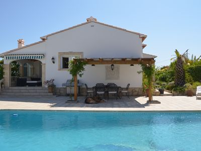 Photo for Villa with wifi, 3 bedrooms, 2 bathrooms, air conditioning, fireplace, 5 x 10 m pool m. sea view
