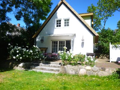 Photo for Close to the beach holiday house with garden, fireplace, WLAN, sauna and whirlpool