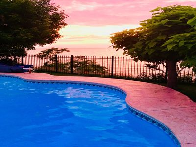 Photo for Lakefront Niagara Executive Stay - No Cleaning Fees Save up to $499
