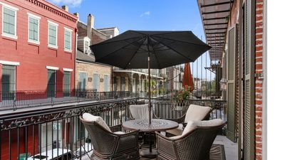 Photo for Upscale Contemporary Retreat With Modern Comfort In Heart Of French Quarter