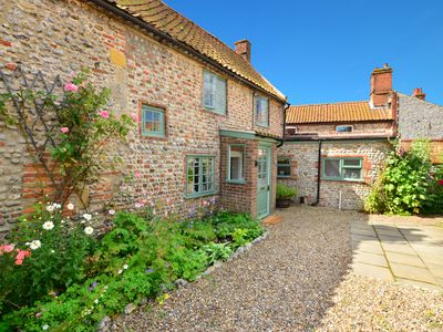 Photo for 1 Catlin Cottages - Two Bedroom House, Sleeps 3