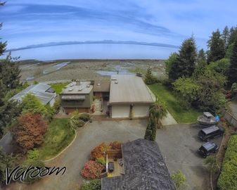 Oceanside, private stand alone cottage, pet-friendly, relaxing getaway