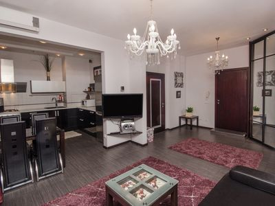 Photo for Amazing 1bedroom apartment in the very center with Jacuzzi